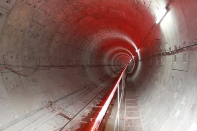 北京地铁八号线天桥站-区间风井隧道贯通